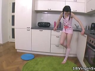 18 Virgin Sex - Olga is the brunette of the moment at 18 year old virgin sex